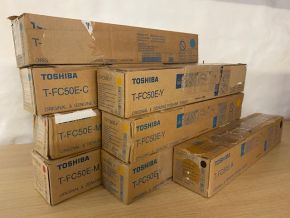 LOT of 8 Genuine Toshiba T-FC50 C2M2Y3K1 Toners